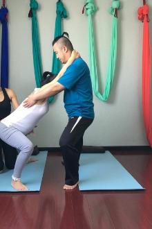 孕期瑜伽和妊娠纹的预防
