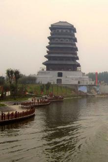 徒步汉城湖