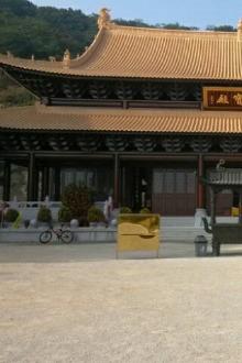 6月4日,远山石径陡,攀越华峰绣谷如歌。