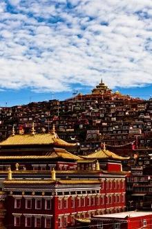 朝圣色达,以信仰之名去感触佛教的世界