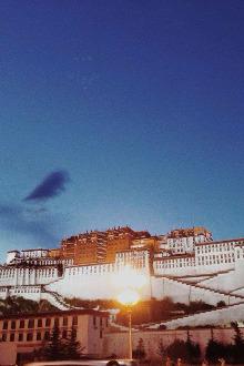 冬日西藏朝圣,约么