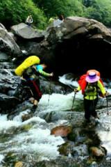 泰安巴山沟,溯溪穿越。
