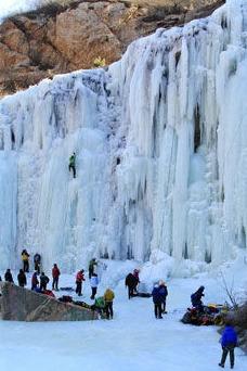 被冬天宠坏的仙境;桃源仙谷,看京北最壮观的冰瀑群