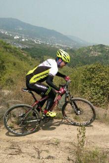 穹窿山自行车越野!练体能!不是骑车的勿加!